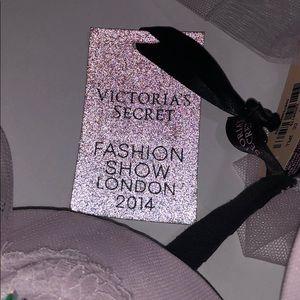Victoria's Secret Intimates & Sleepwear - NWT Victoria's Secret bra